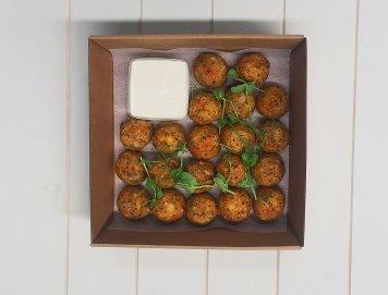 Quinoa Falafels Platter